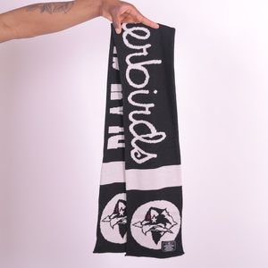 Play clothes scarf